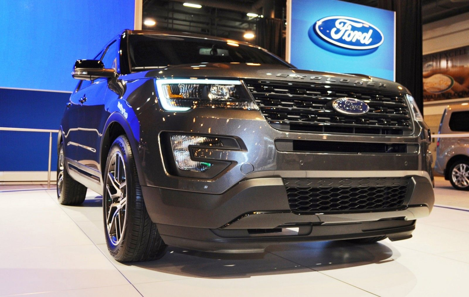 2016 Ford Explorer Sport Inside And Out In 28 New Photos From