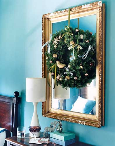 with the holiday season in full swing decorating for the holidays can be overwhelming - Apartment Christmas Decorating Ideas