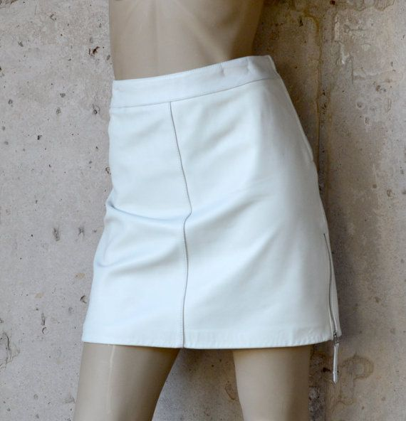 retro 90 s mod white danier leather skirt with by