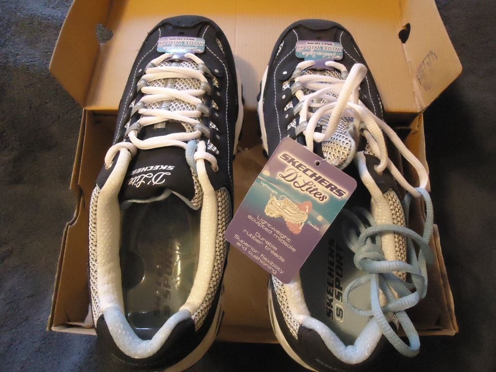 NEW with TAGS - Skechers D' Lites