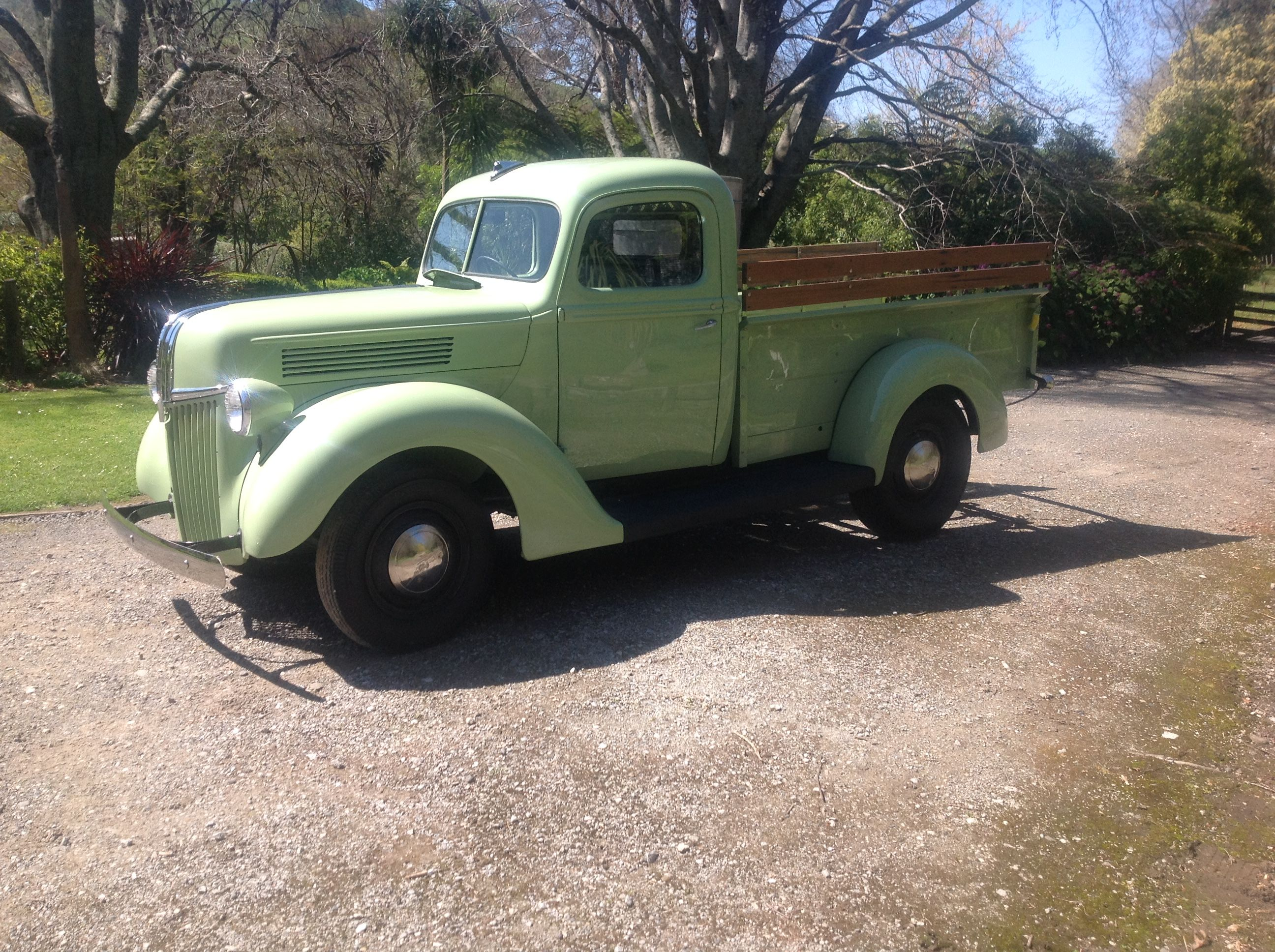 3 1 2 Year Resto 1941 3 4 Ton Ford Express Almost There