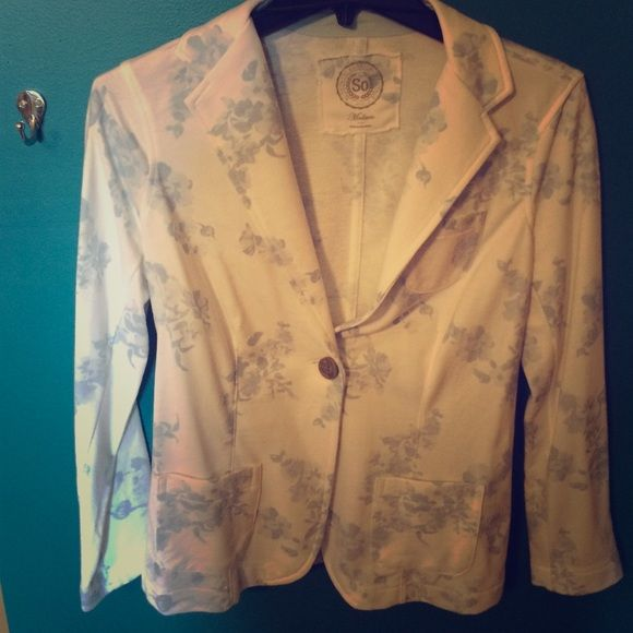 Fun floral blazer! Never worn. White and blue blazer to make work a little more exciting SO Jackets & Coats Blazers