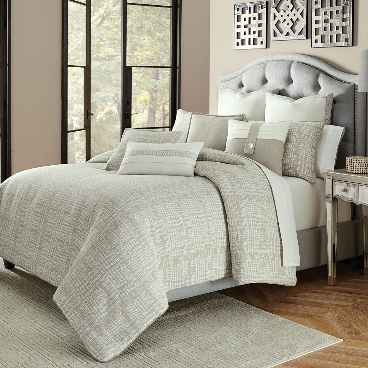 4 Piece Michael Amini Eden S Paradise Poster Bedroom Set: Julianna 10-Piece Gray King Comforter Set, Michael Amini
