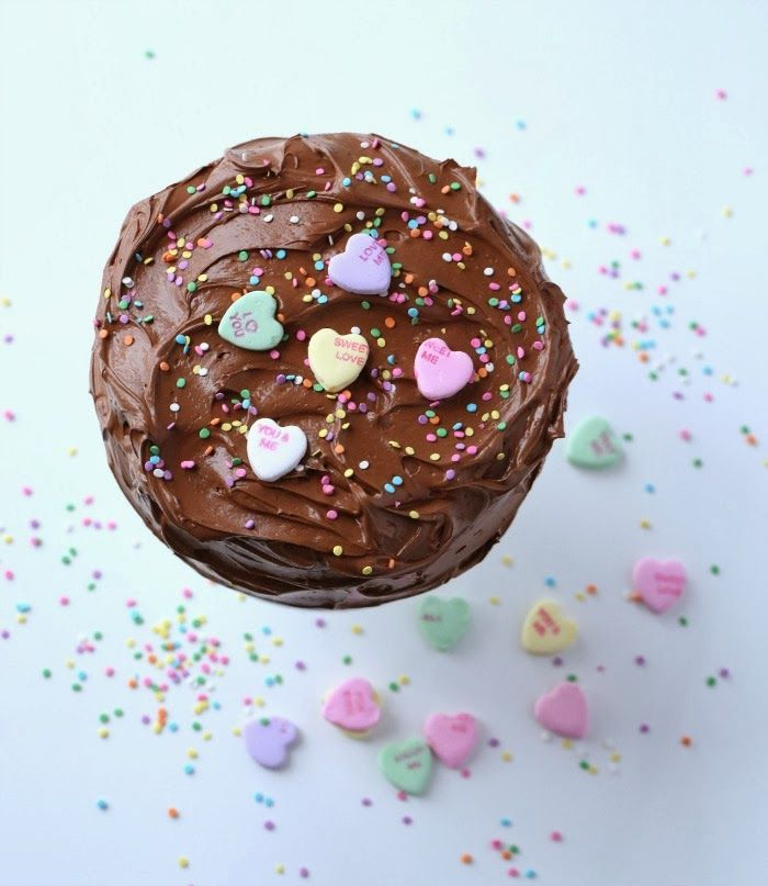 Valentine's Day Round-up: http://happylifeofacitygirl.blogspot.com/ (Picture by Passionforbaking.com)