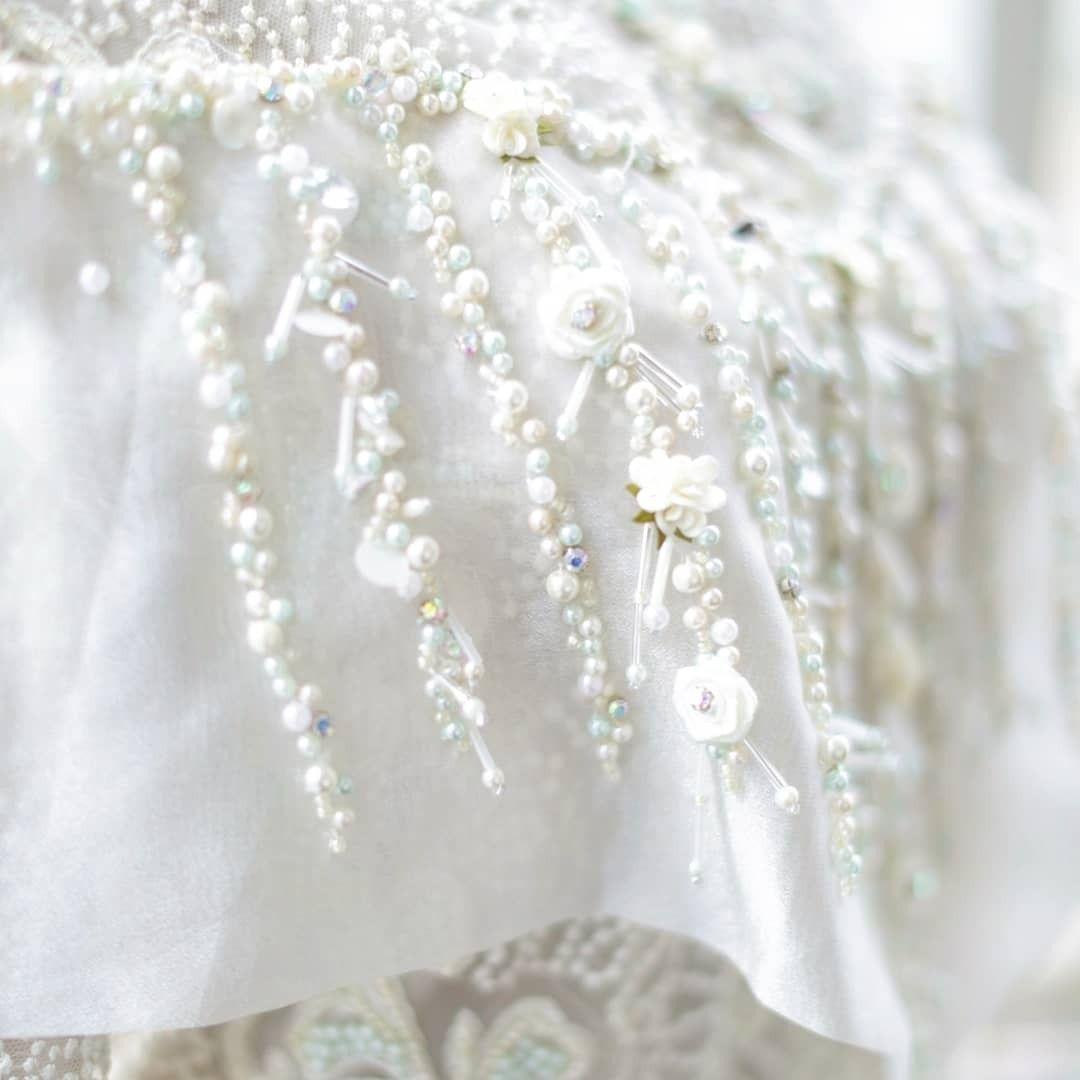 White Kebaya With Pretty And Lovely Details