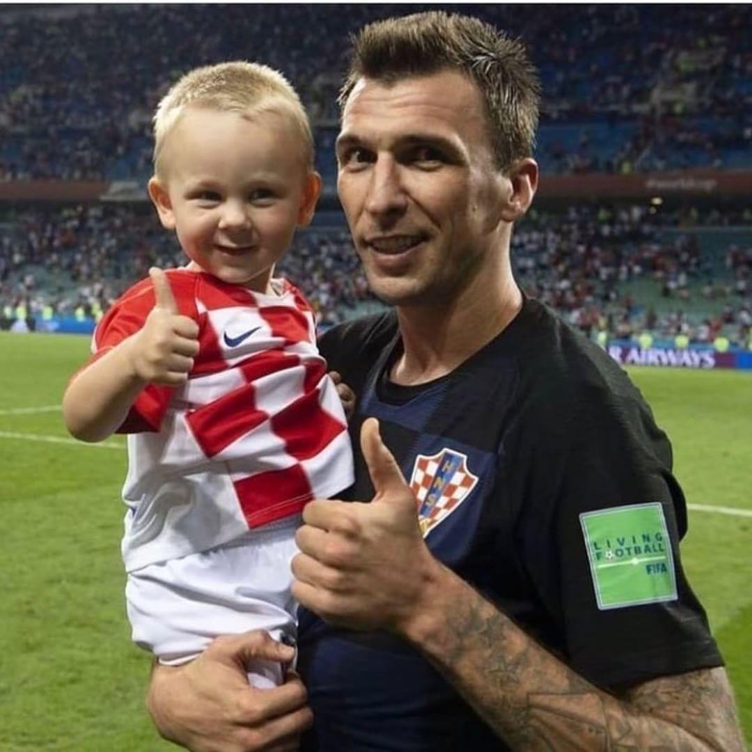 Mandžo i Vida Jr. 😍😏🇭🇷 #Hrvatska #kroatien #croatie #croacia #croazia #Croatia #Hercegovina #HercegBosna #MiHrvati #Vatreni #Hrvat…