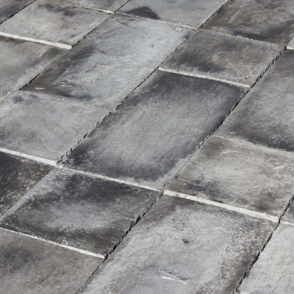 Natural Concrete Products Co 72 sq  ft  Concrete Rundle Stone Gray