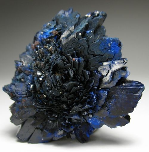 Azurite from France - Clears thoughts and understanding, cleansing, healing, transformation, perspective, purification, patience, kindness, intuition, prophecy, spiritual guidance, truth, expansion of ideas and beliefs, awareness, understanding , opens psychic center, reduces stress, relaxes inner confusion, promotes emotional stamina, intuition, creativity, inspiration.