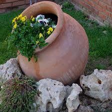 Rincon Tinaja Jardin Mas Piedras Decoraciones De Jardin Jardines Jardineria