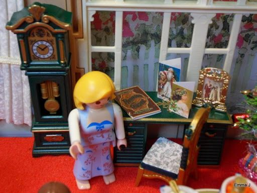 Playmobil Wohnzimmer ~ Playmobil by emma j victorian christmas living room toys lego