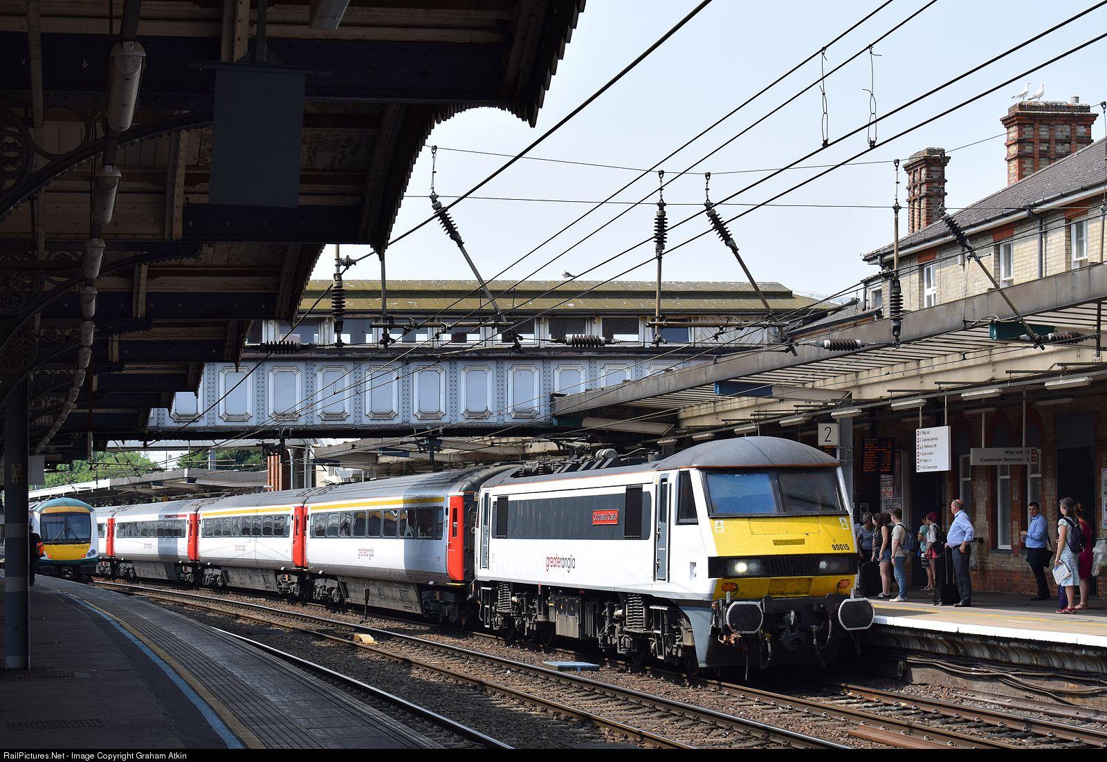 90015 Abellio Greater Anglia Class 90 At Ipswich United Kingdom