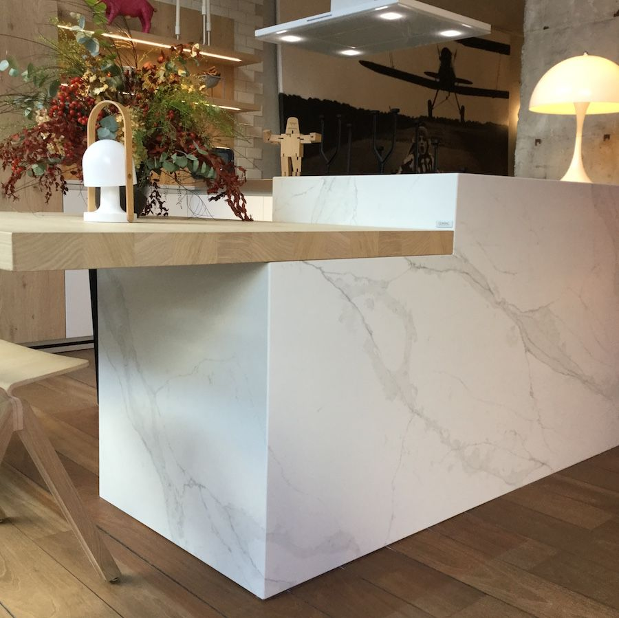 Our Unique Calacatta Quartz Countertop Couldn´t Look Better In This Kitchen Designed By Larcoa