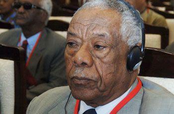 بروف يوسف فضل حسن مؤسس معهد الدراسات الأفريقية.jpg
