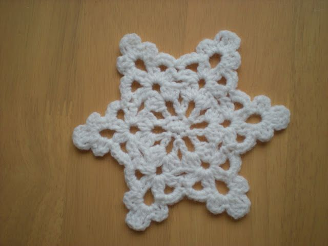 Emmhouse Easy To Make Snowflake Star Free Crochet Pattern