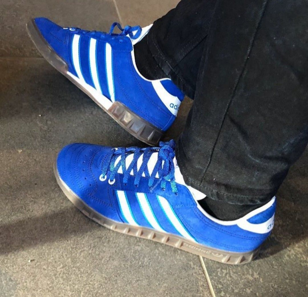 faebde8d630c Handball Kreft Spezial on feet on the street   Adidas Originals ...