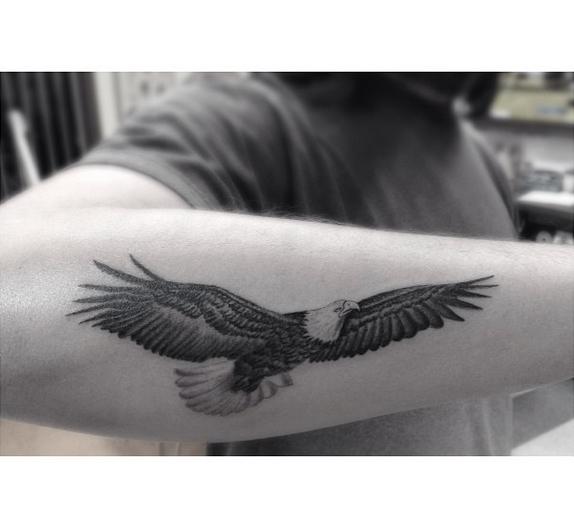 Dr woo 39 s tattoo basics tattoo eagle and tatting for Small eagle tattoo