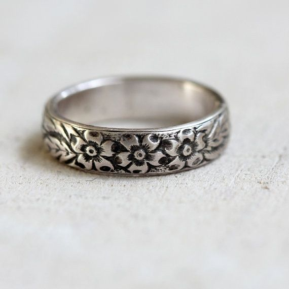 Sterling silver or gold floral pattern ring - praxis jewelry