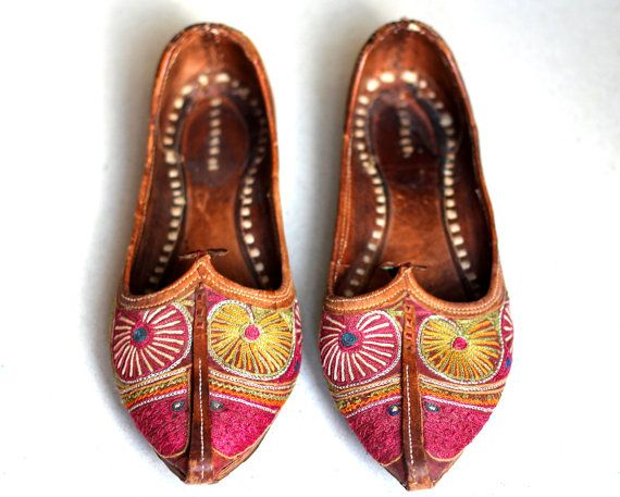e141bacbe6f5 Traditional handmade Moroccan shoes   Chaussures by BoutiqueFMR ...