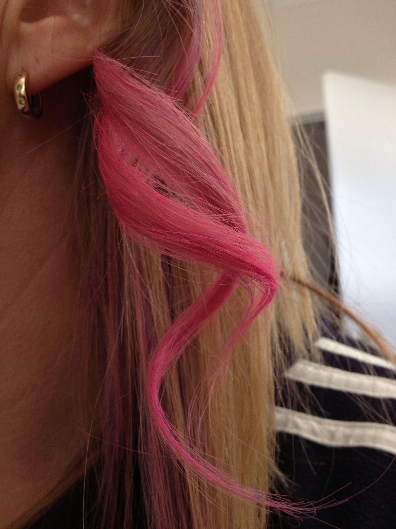 Pink Hair Chalk - cute!