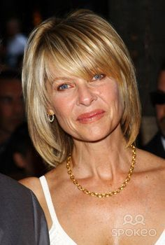 thinning hair haircuts kate capshaw hair kate capshaw hair style 3504