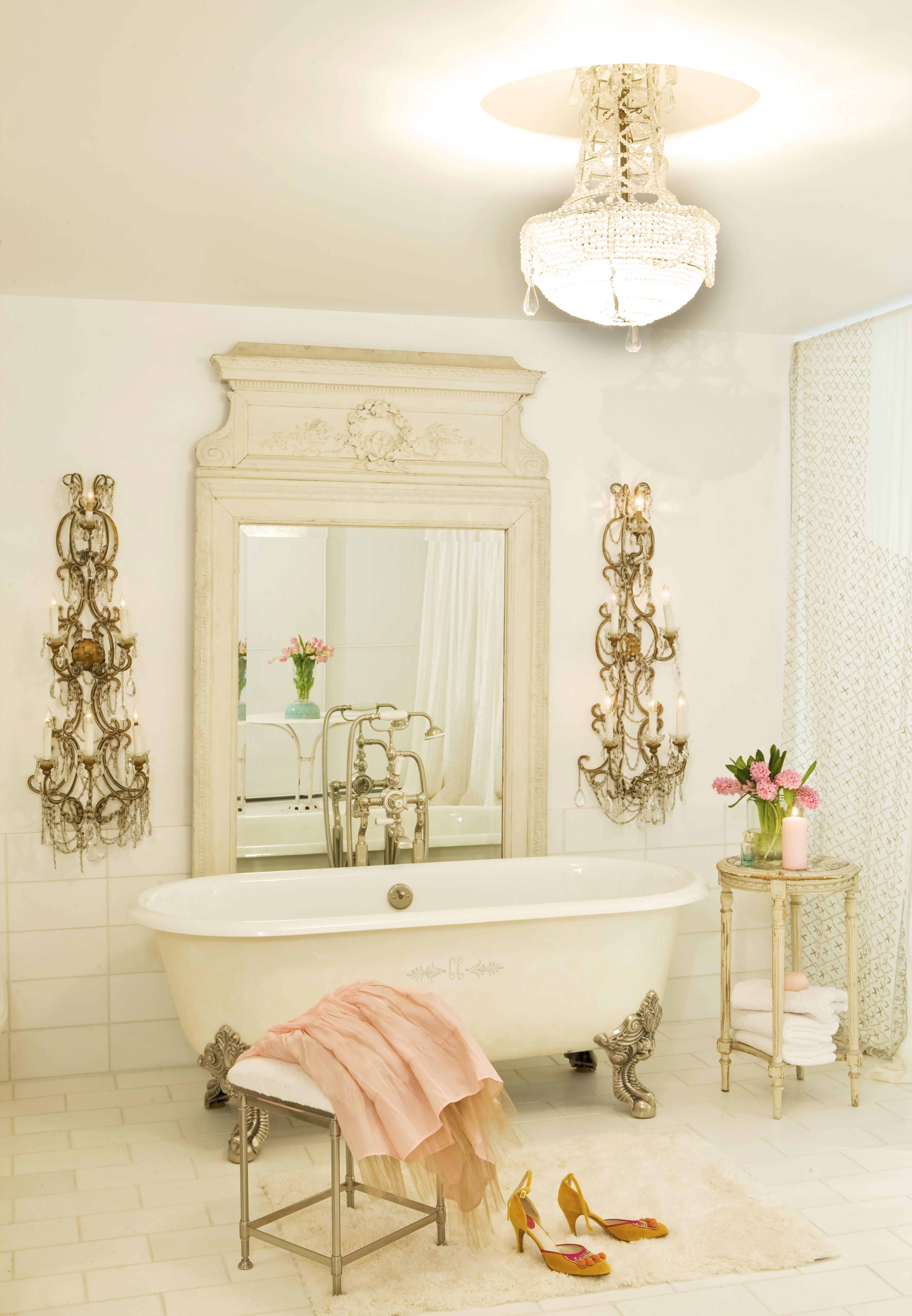 Simply Beautiful Bathrooms: Casa Mon Amour Bathroom By Chantal Cloutier Vintage And