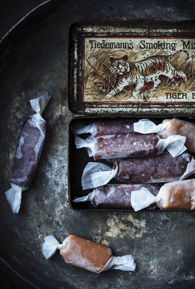 WINTER RESEPTEJÄ - suolattu karamelli makeiset + lehtikaali pelimerkkejä + bataatti salaattia
