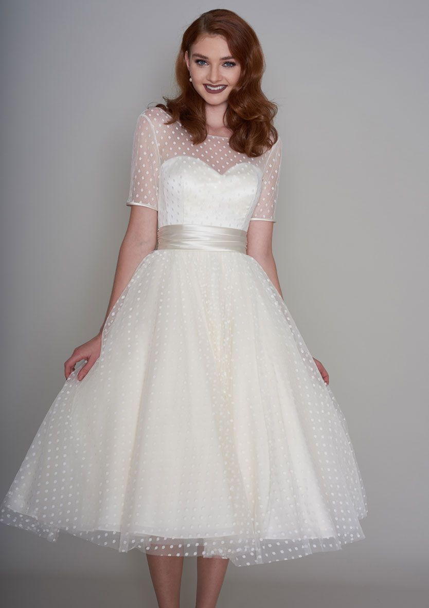Short Sleeve Ivory Spotted Tulle Tea Length V Back Prom Dress