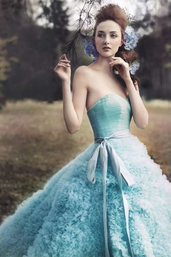 Flower Maiden Fashion Editorials - The Gladys Ng 'Painting a Garden' Photoshoot is Whimsical #colours