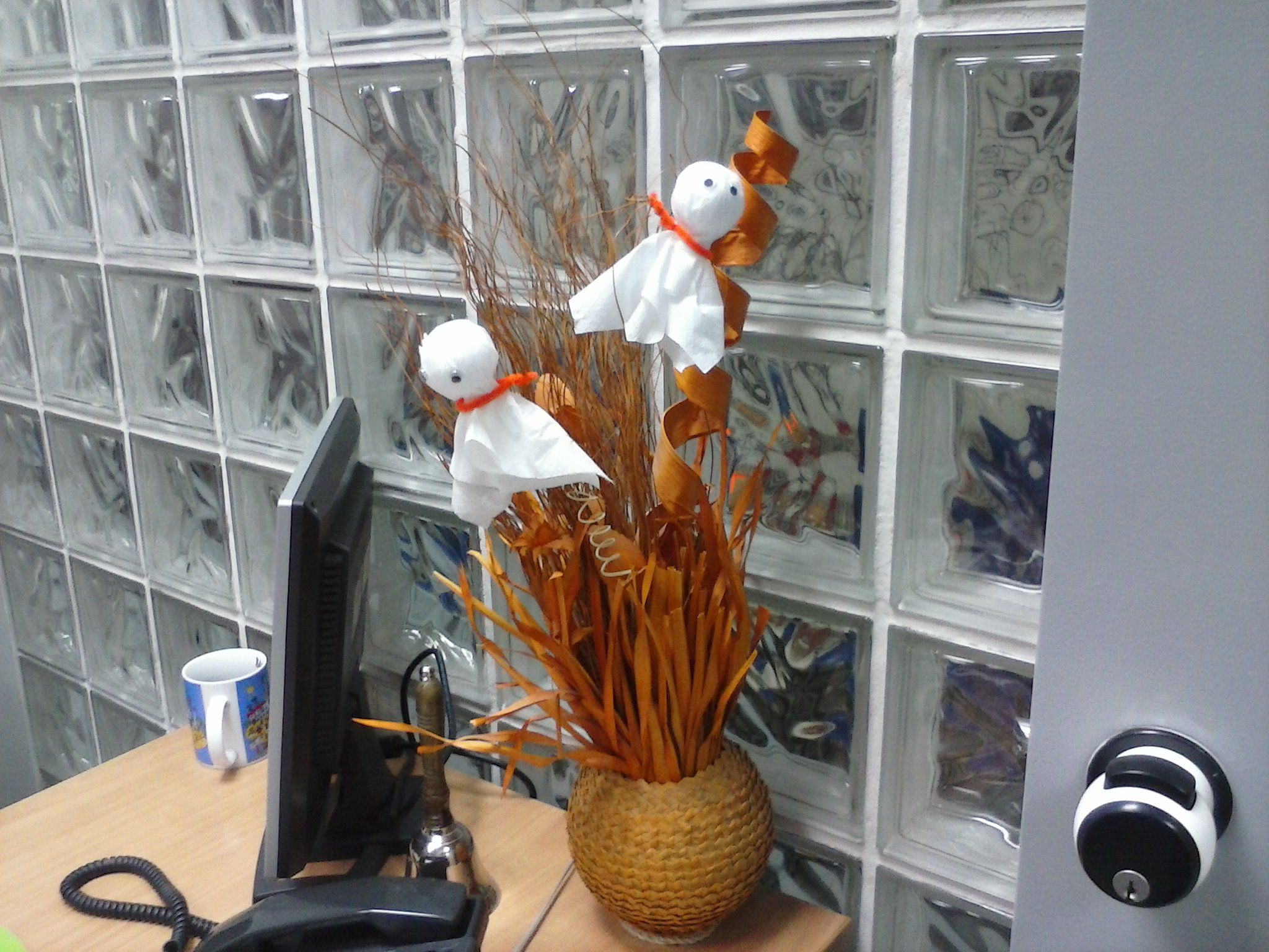 Office decoration by Angeliki Kraniti, ΚΞΓ Symbolo, Halloween - halloween decorations for the office