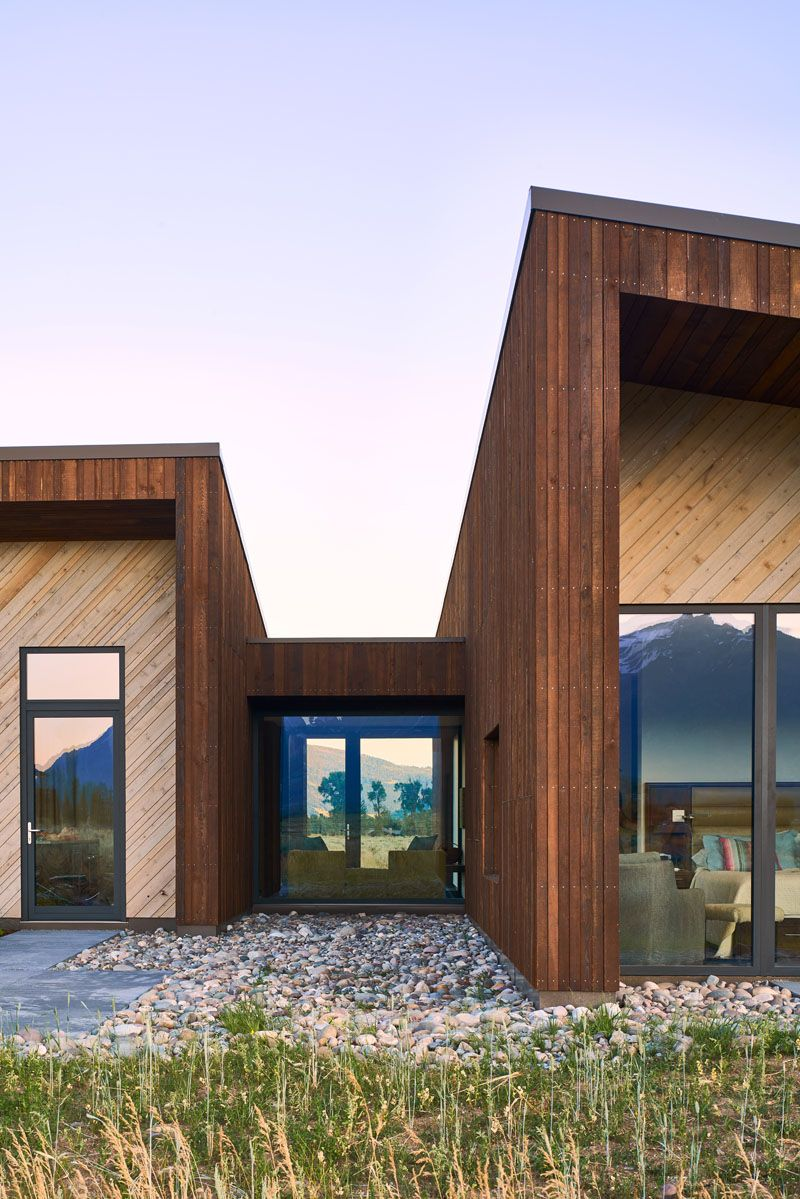 Photo of This House In Wyoming Uses Dark And Light Wood To Create A Two-To