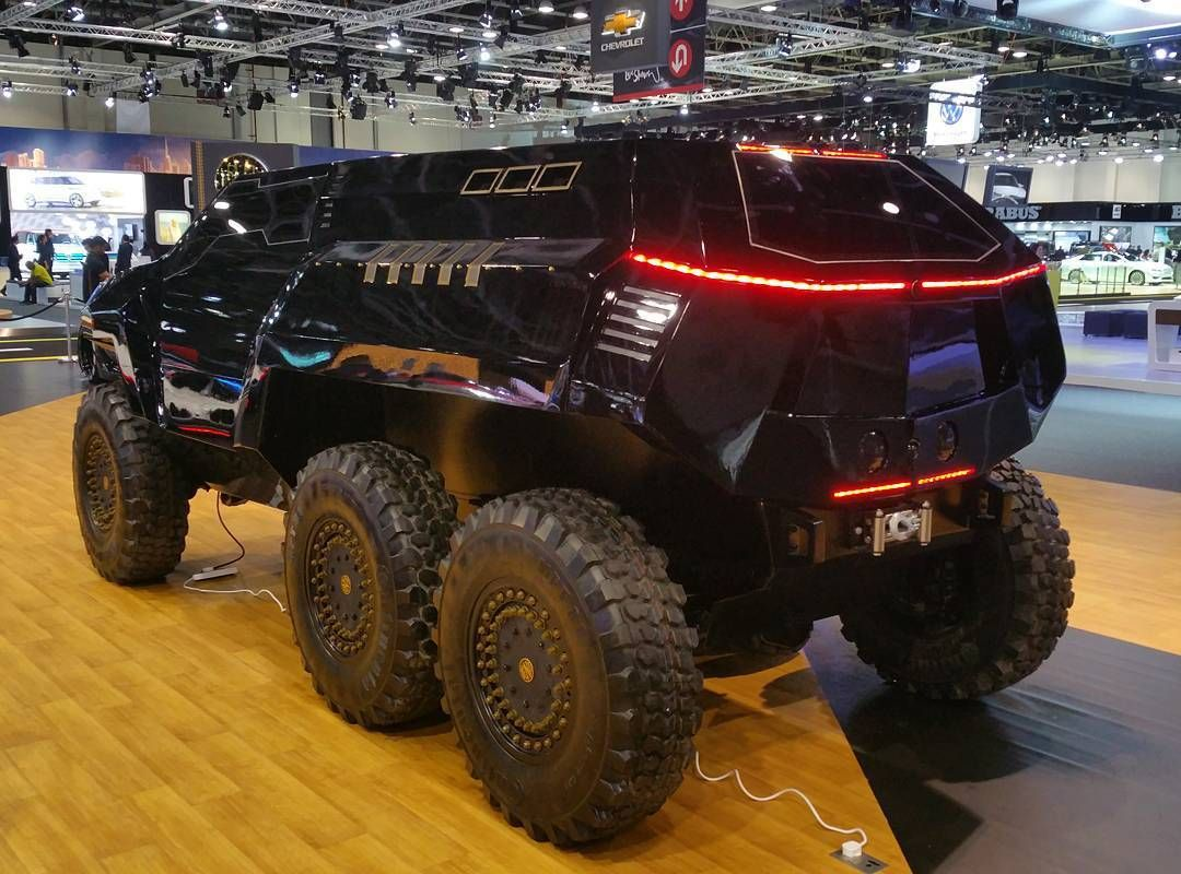 DEVEL SIXTY | Unveiled Crazy 6x6 Military Combat Vehicle ...