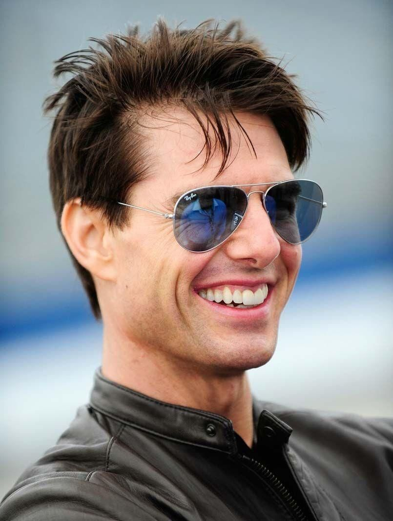 Tom Cruise Biceps Size, Height, Weight, Age & Body Stats ...