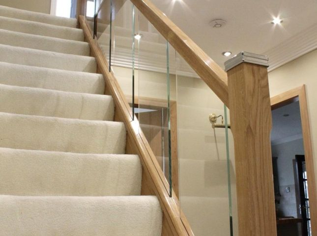 Best Toughened Glass Staircases Chrome Metal Iron Oak 640 x 480