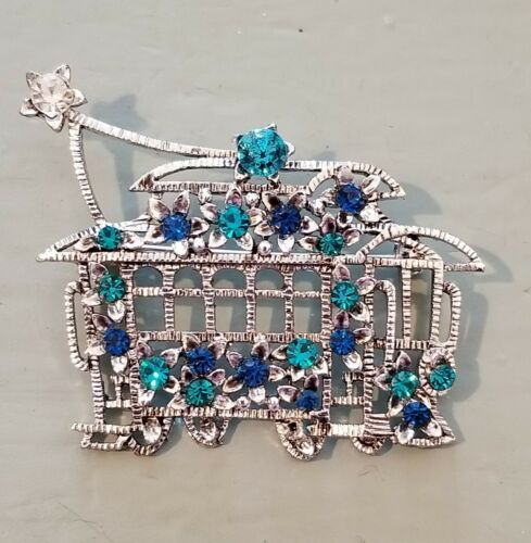 Vintage San Francisco  Bling crystal Pin Brooch Jewelry