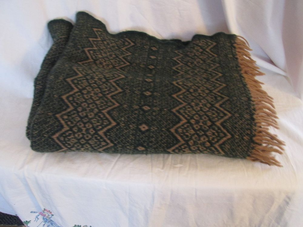 Amana 40% Wool Tan And Forest Green Throw Blanket Nordic Pattern Simple Forest Green Throw Blanket