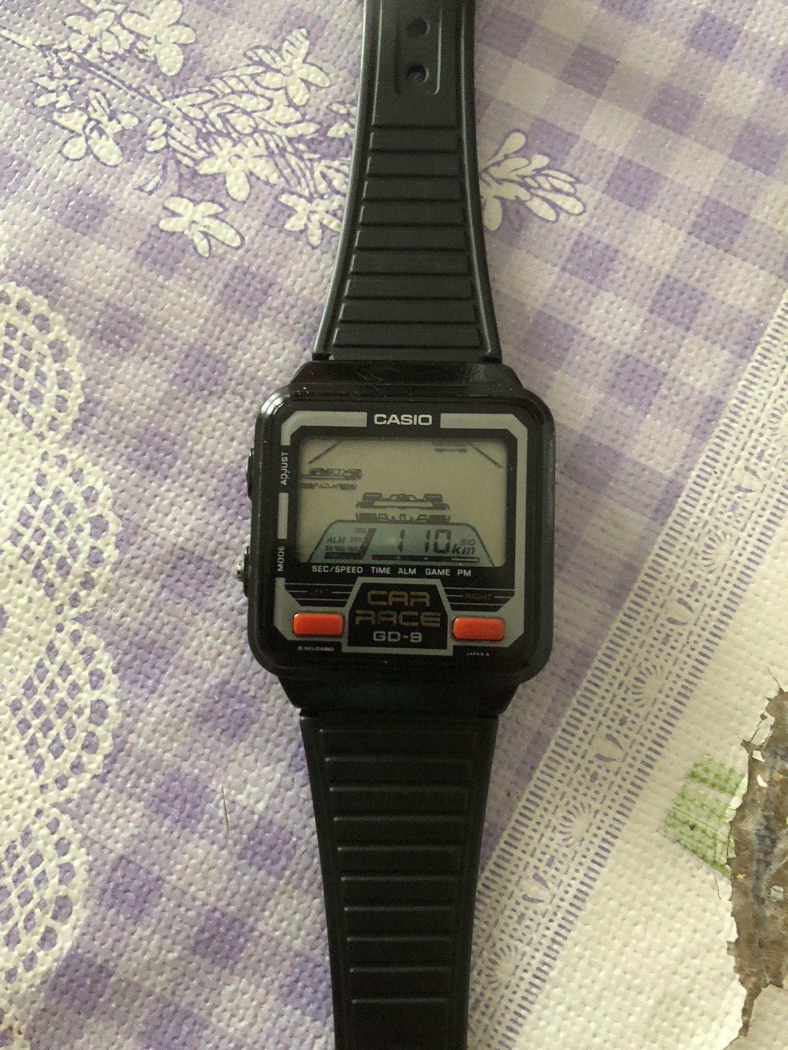 40b0a75be864 Magnífico Game watch reloj con juego de los
