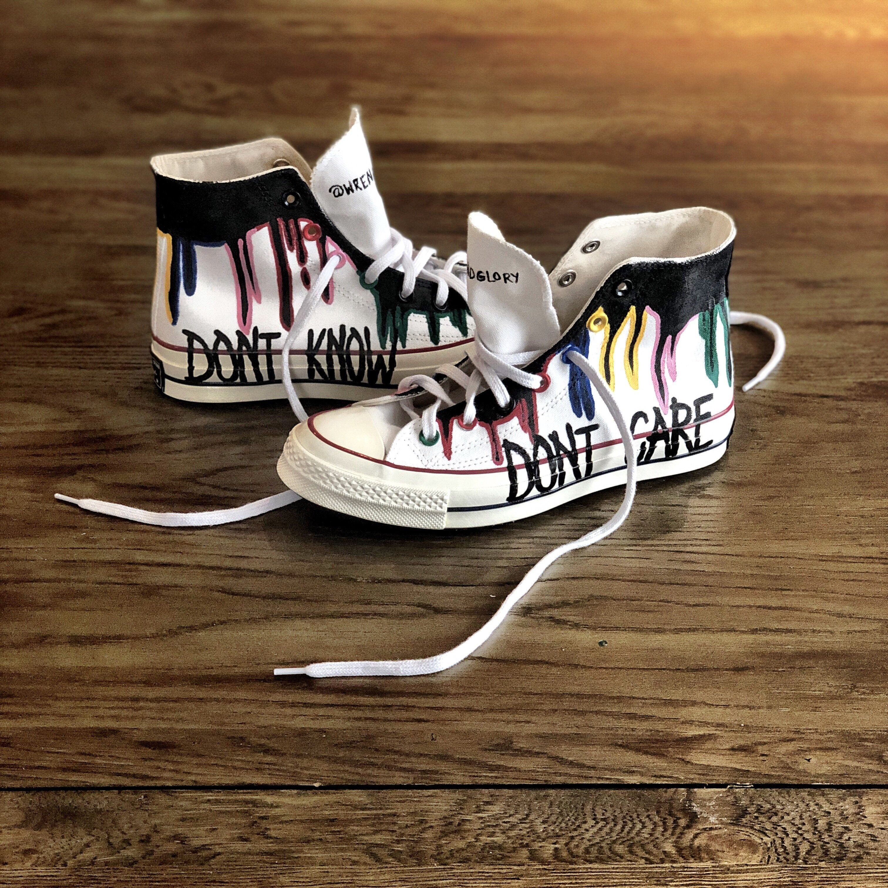 drip' painted high tops in 2020 Malte sko, Hånd  Painted shoes, Hand