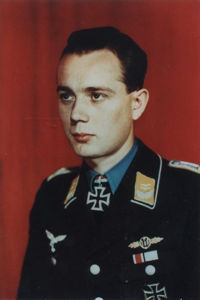 Major Gerhard Stamp --- Flugzeugführer 1.(K)Lehrgeschwader 1.