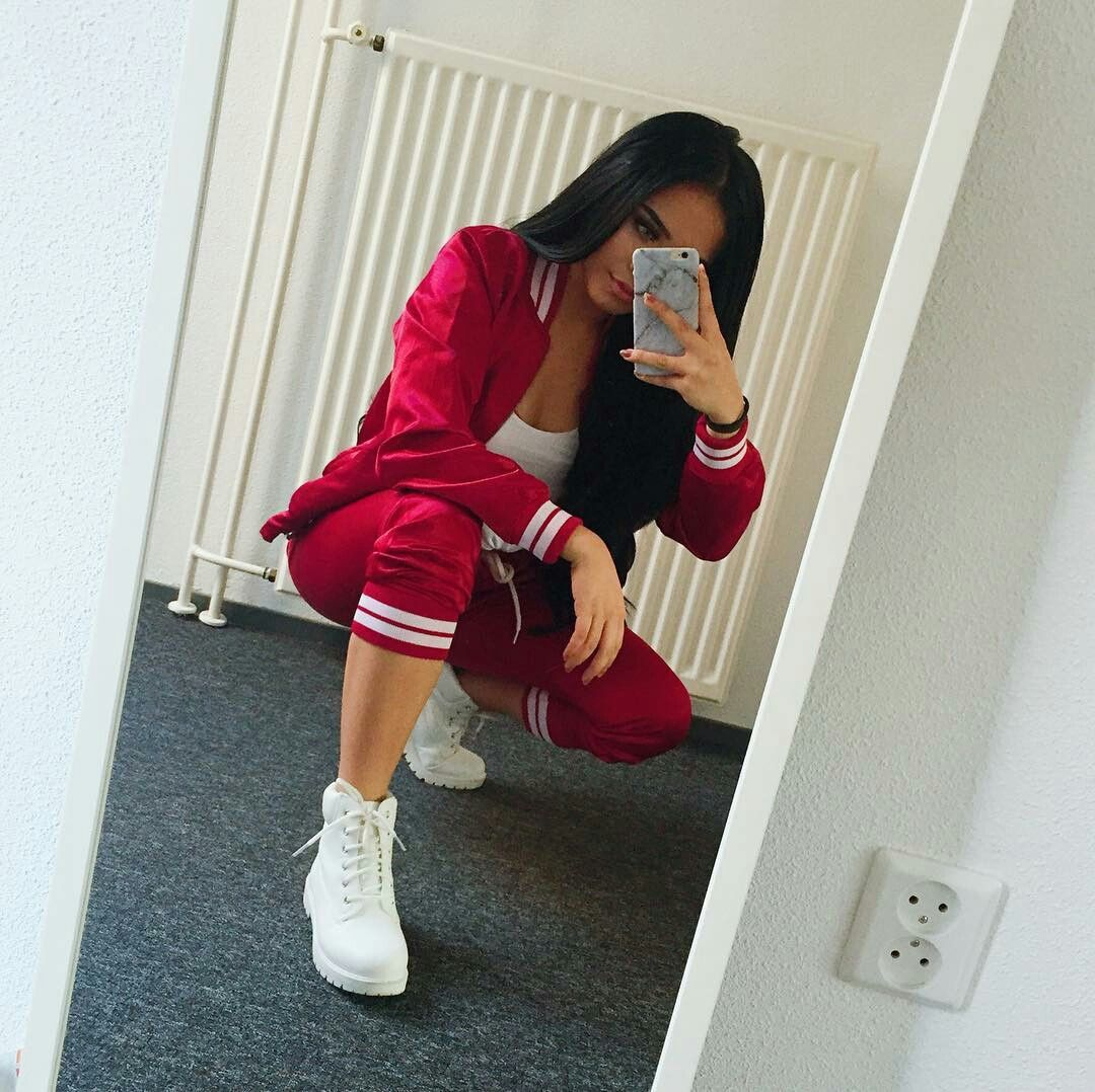 Pretty girl swag swag Instagram rosiemaniego Urban Fashion, Womens Fashion,  Joggers,