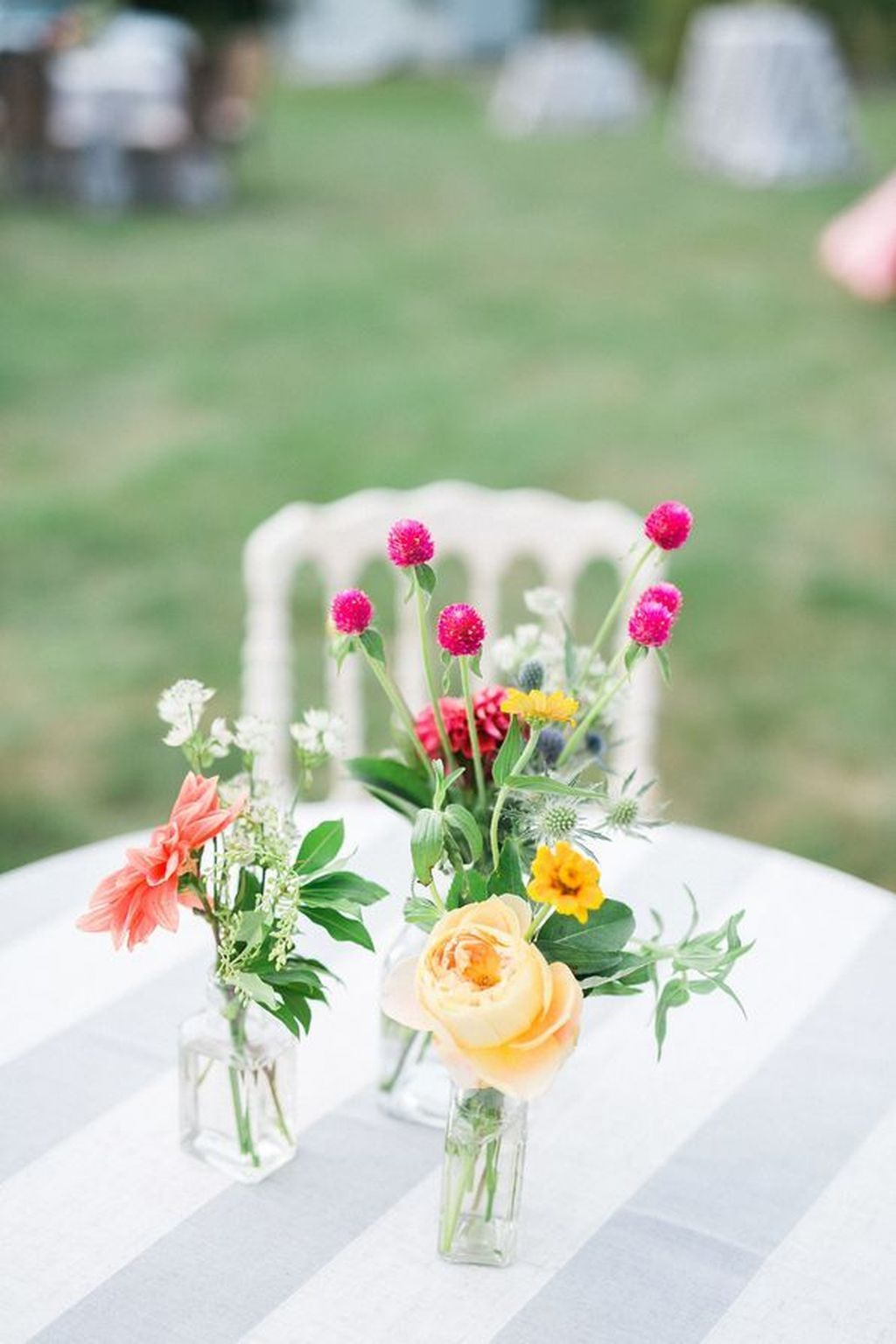small flower vase for dining table