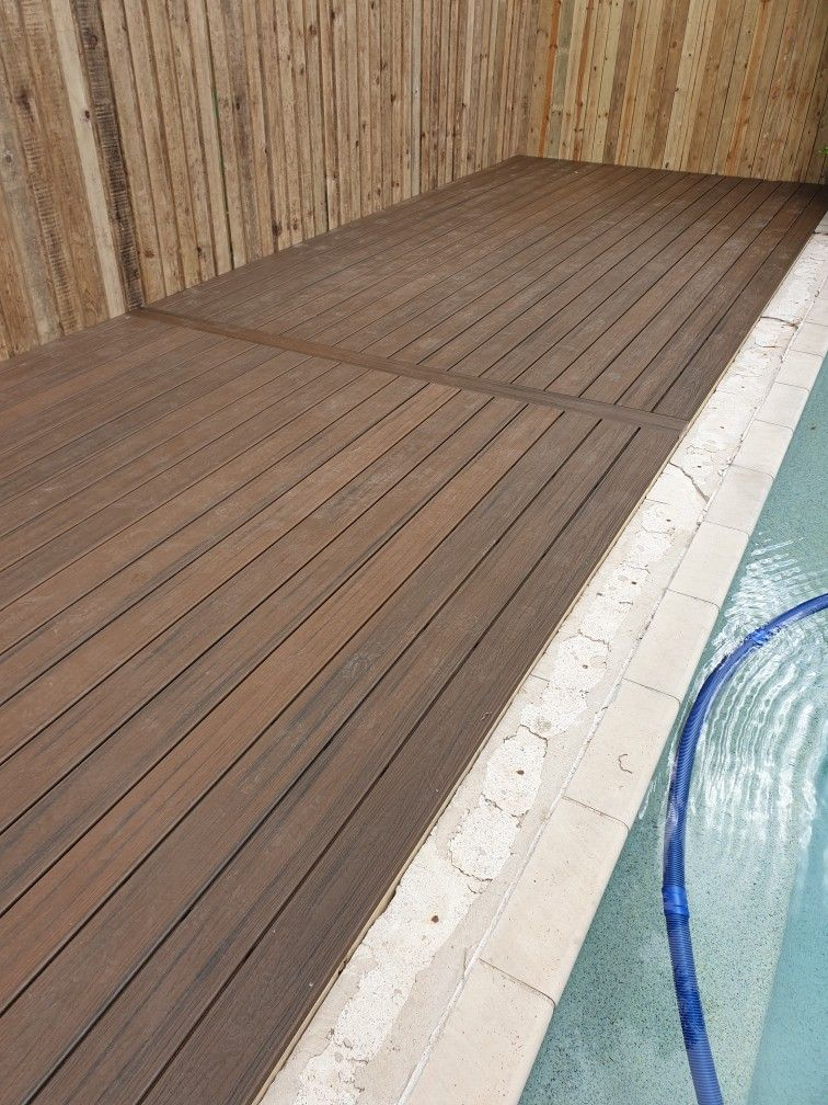 Trex Deck Around Pool With Lapped And Capped Pool Fence Diy Deck Building A Deck Timber Deck