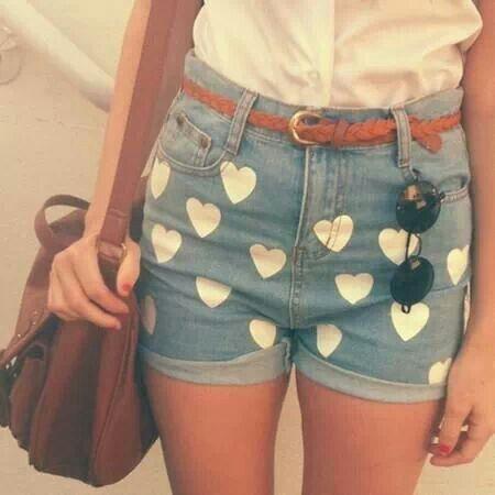 Short jeans com corações .. #vintage