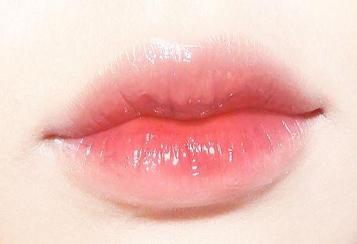 ˏˋ Baggedmilktae ˎˊ Pale Lips Gradient Lips