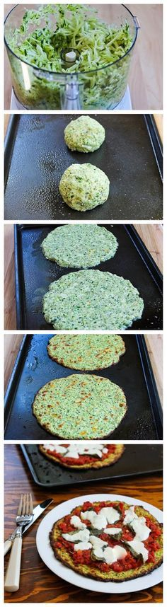 Base de pizza de calabacín. Puede reemplazarse la mozzarella por tofu especiado y triturado.