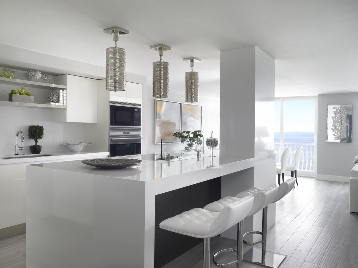 This stunning white contemporary kitchen was completed by Sheryl ...