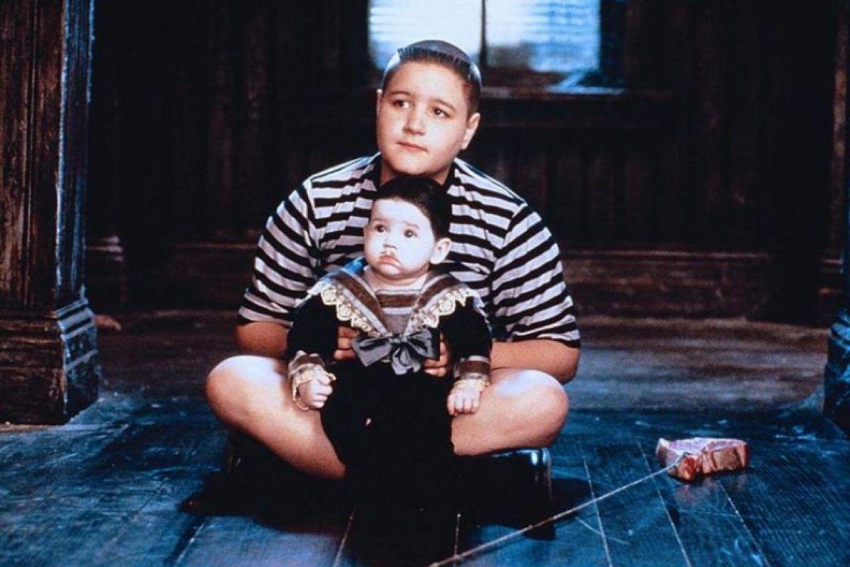 Fotos El Bebe Con Bigote De Los Locos Addams Crecio Y Asi Esta Ahora Publinews Disfraz De La Familia Adams La Familia Addams Disfraces Halloween Bebes