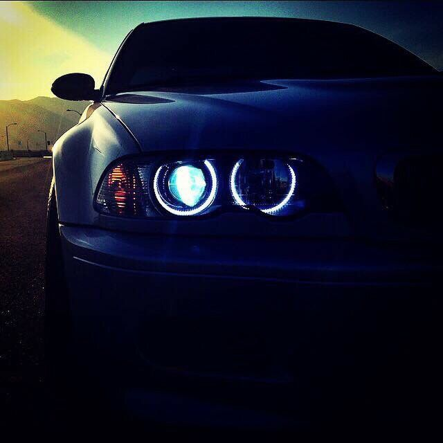 Retrofit 6k LED Angel Eyes on E46 M3