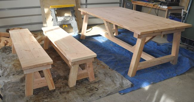 How To Build A 4×4 Farmhouse Table In 2019