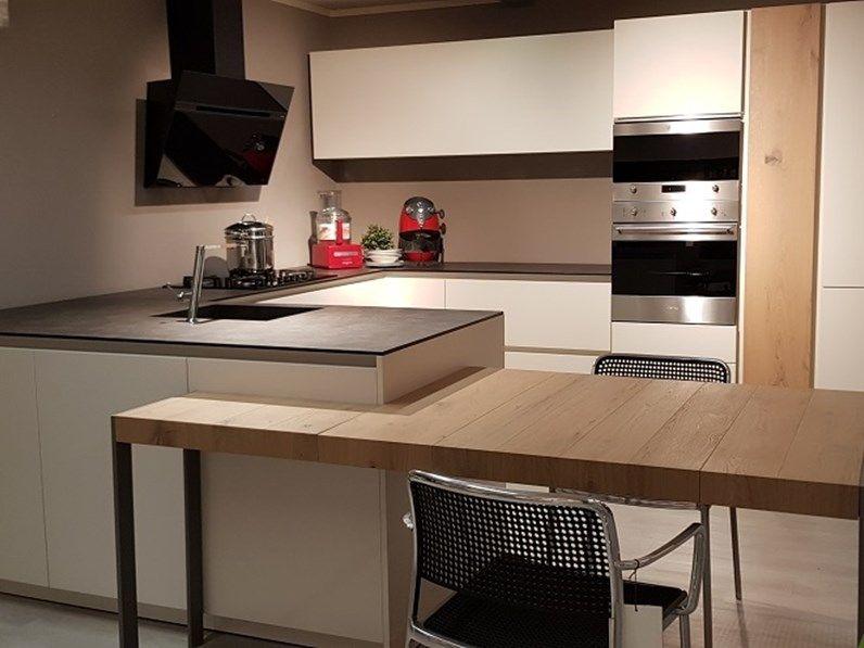Cucina Con Penisola Moderna Logica Valdesign Cucine A Prezzo
