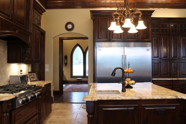 Beautiful New Kitchen With Stained Woodwork Granite And Exquisite